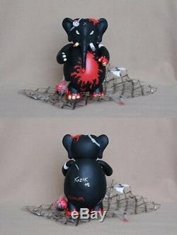 Frank Kozik SIGNED Toy2R 8 2008 SDCC Black Redrum Dr. Bomb AUTOGRAPHED Kidrobot