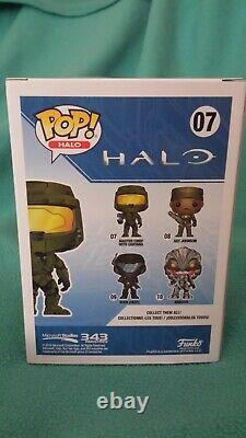 Funko Pop Halo Golden Master Chief With Cortana Halo Outpost Discovery SIGNED
