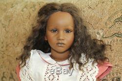 Fatou Doll Par Annette Himstedt, Signe