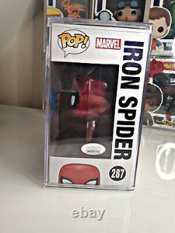 Funko Pop Vinyl- Spiderman Signé Par Tom Holland Avec L'authentification Jsa