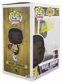 Lakers Magic Johnson Signé Nba Hwc #78 Funko Pop Vinyl Figure Avec Yellow Sig Bas