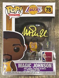 Lakers Magic Johnson Signé Nba Hwc # 78 Funko Pop Vinyl Figure Jaune Avec Sig Bas