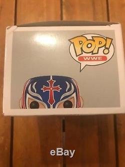 Offres Envoyer! Signé Voutée Wwe Rey Mysterio Funko Pop Offres D'envoi