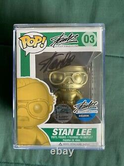 Stan Lee A Signé Gold Funko Pop