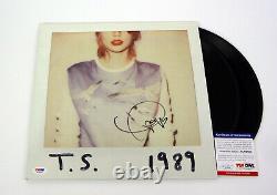 Taylor Swift Signe Un Autographe En 1989 Album Vinyle Psa/dna Coa