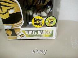 White Power Ranger Glow In The Dark Nycc #22 Limit 480 Signé Jason David Frank